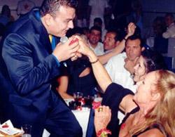 Gonidis kissing client