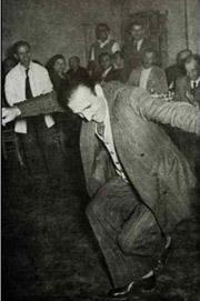 Zeibekiko dance at bouzoukia